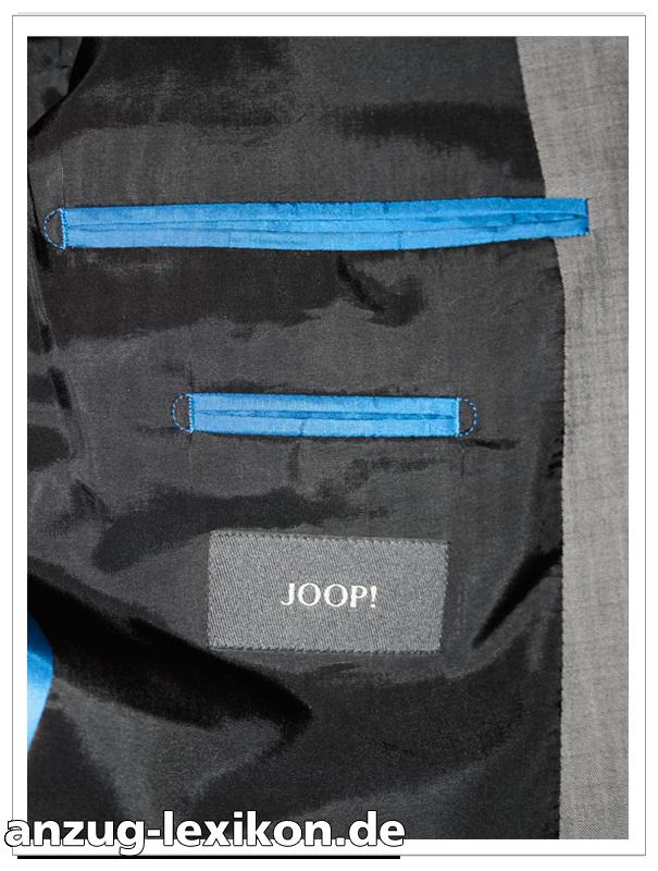 Billettasche an einem Anzug-Sakko von Joop